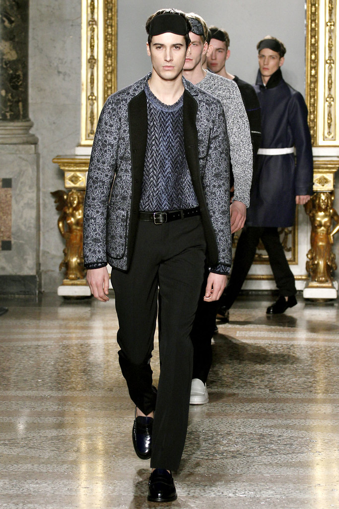 FW12 Milan Nicole Farhi034_Julien Chanca(VOGUE)