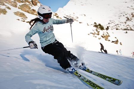 Esquiadora infantil en Vallnord