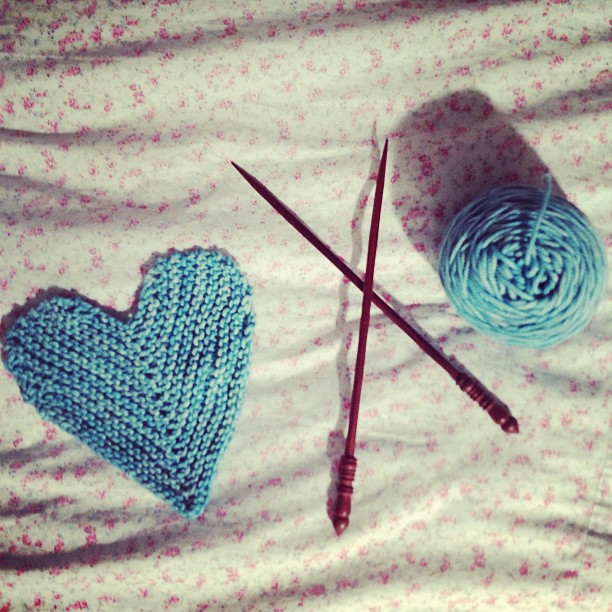 Knitting Kfbf : January love stitches poppies and milk
