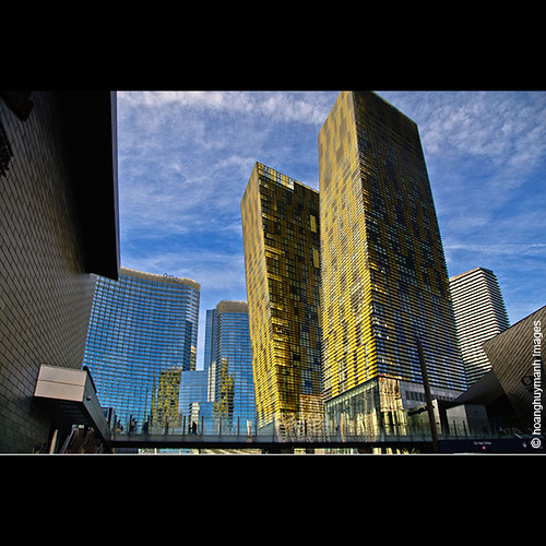 Veer Towers:The Leaning Towers of Las Vegas