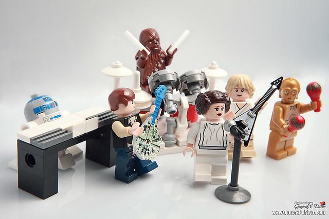 The millenium falcon band