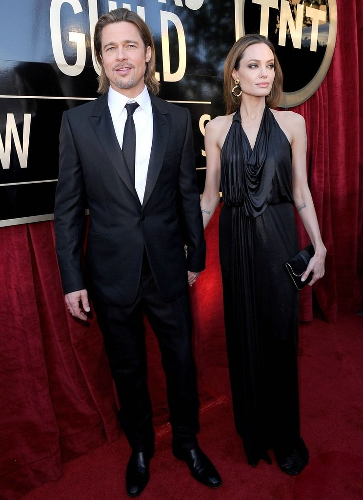 angelina-jolie-brad-pitt-sag-awards-2012