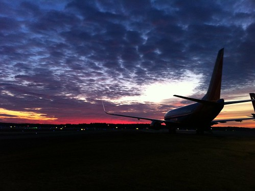 morning sky sun silhouette clouds sunrise airplane b737 boeing737 southpaw20 iphone4 iphonecamera blendedwingletsrdukrduraleighdurhaminternationalairport