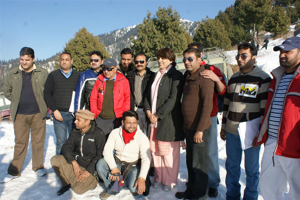 Muzaffarabad Jeep Club Snow Cross 2012 - 6830743631 0cd3eabe96 b