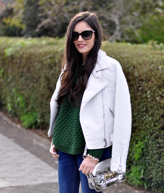 Green Sweater_03