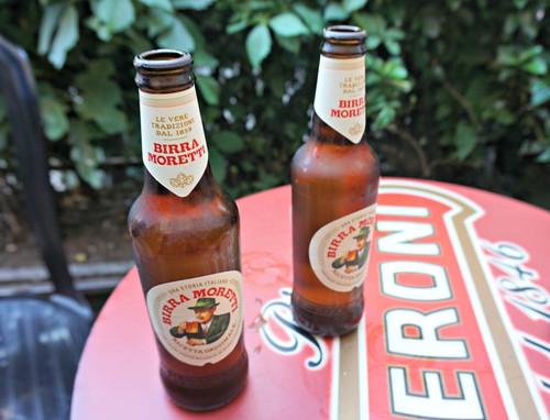 San Calistossa olut nautitaan pullosta