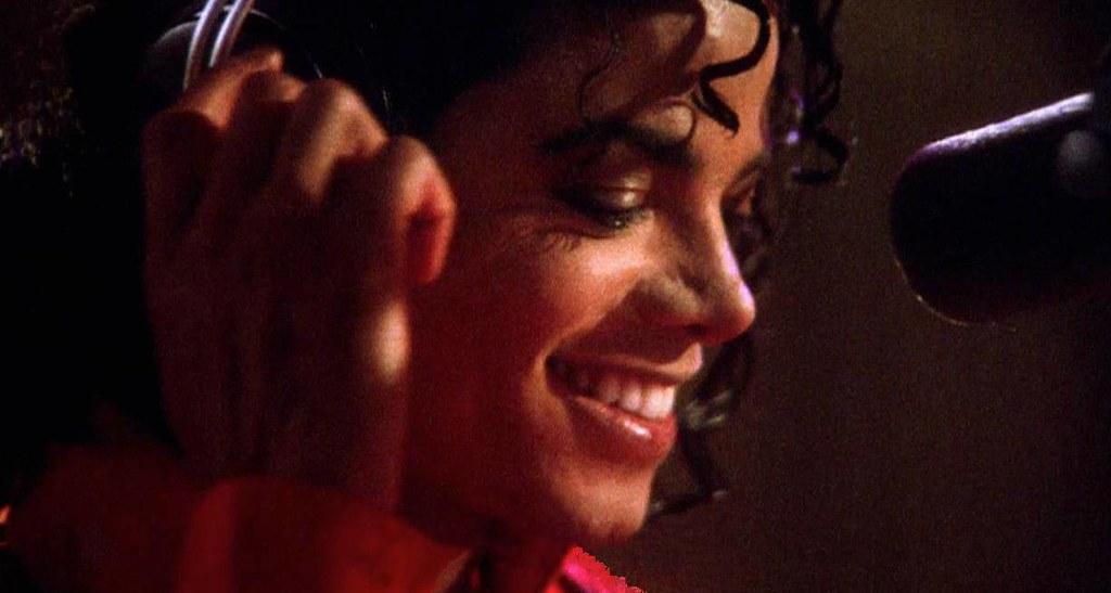 Майкл Джексон в студии звукозаписи