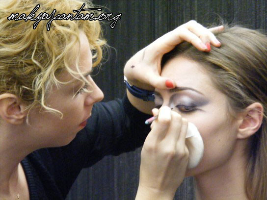 glitter ice makeup_8