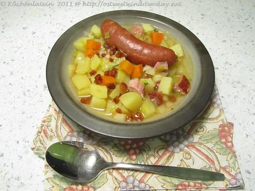 Kartoffeleintopf mit Wiener Würstchen