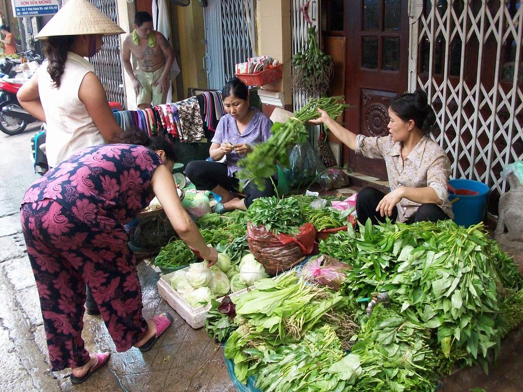 Hanoi vegetable market