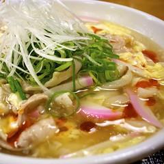 mi rebus(0.0), kalguksu(0.0), canh chua(0.0), noodle(1.0), bãºn bã² huế(1.0), noodle soup(1.0), soto ayam(1.0), produce(1.0), food(1.0), dish(1.0), laksa(1.0), soup(1.0), cuisine(1.0), nabemono(1.0),