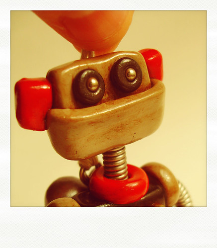 Sneak Peek | Tiny robot feels hip and full of retro by HerArtSheLoves