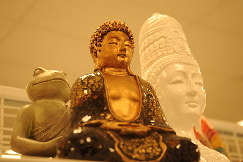 Meditation: Buddha, animal student, universal ruler, statues, motivation - liberation, American Buddhism, random shopping, Aurora Avenue, Seattle, Washington, USA