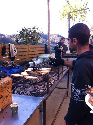 Espinelves | Fira de l'Avet | Tostando pan
