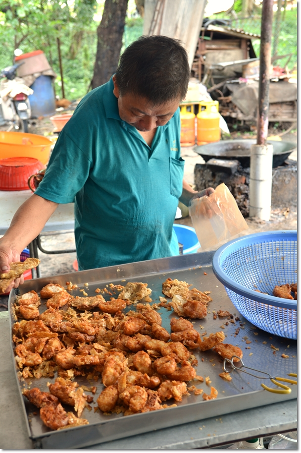 Old Man Selling Fried Yong Tau Foo
