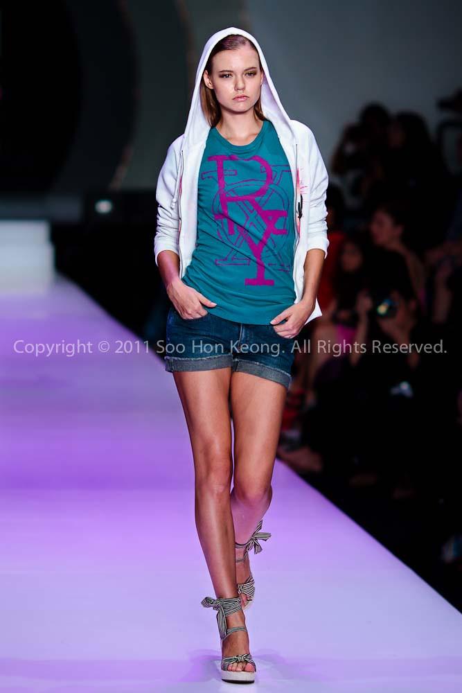 MIFW 2011 (Its MIFA) - Roxy & Quiksilver @ Zebra Square, KL, Malaysia