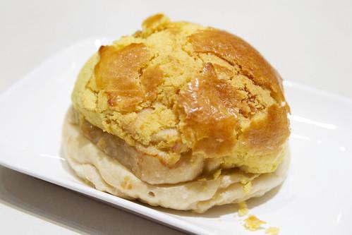 Buttered bolo bao