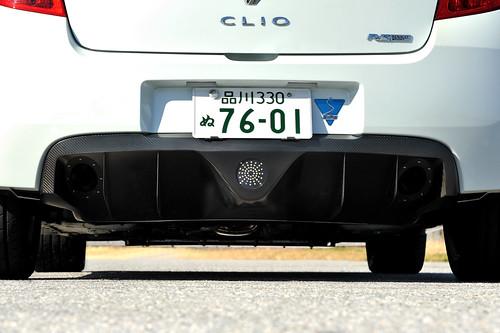 Clio / Lutecia Ⅲ RS用カーボンリアディフューザー