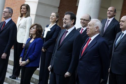 Rajoy con miembros de su Gobiernoe Rajoy