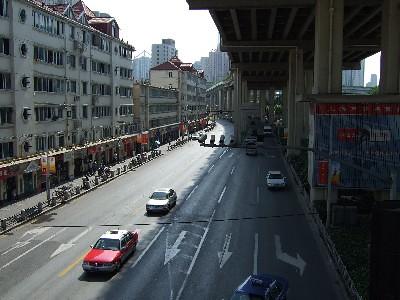 延安西路駅