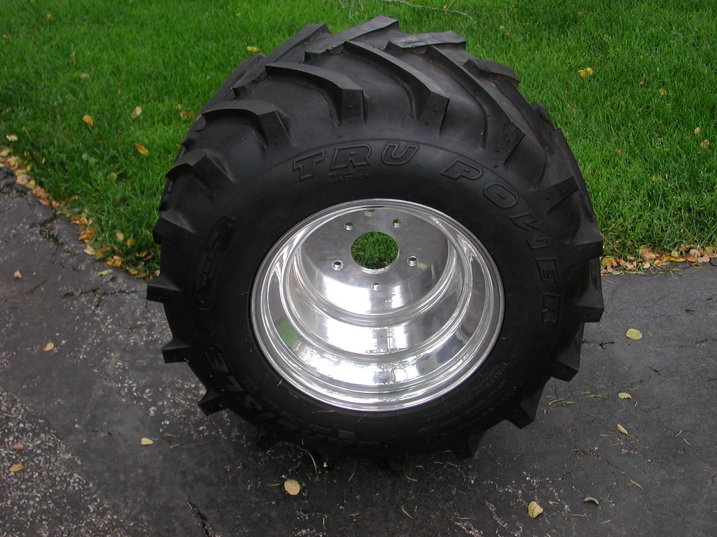 Tractor Pulling Tires And Rim : Pin tractor pulling tires on pinterest