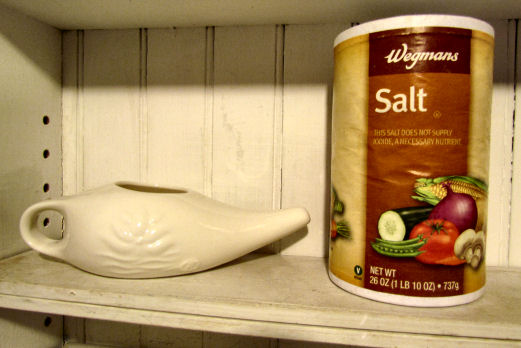 Neti Pot and Non Iodized Salt