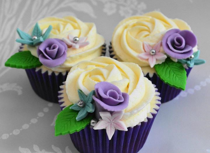 cupcake wedding cake designs beautiful flower cupcakes by hundreds and thousands 13159