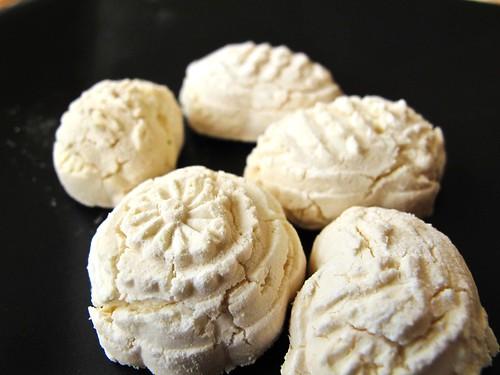 IMG_0911 Kuih Bangkit  茨粉饼,年饼