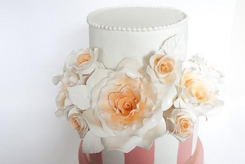 3 tiers wedding cake
