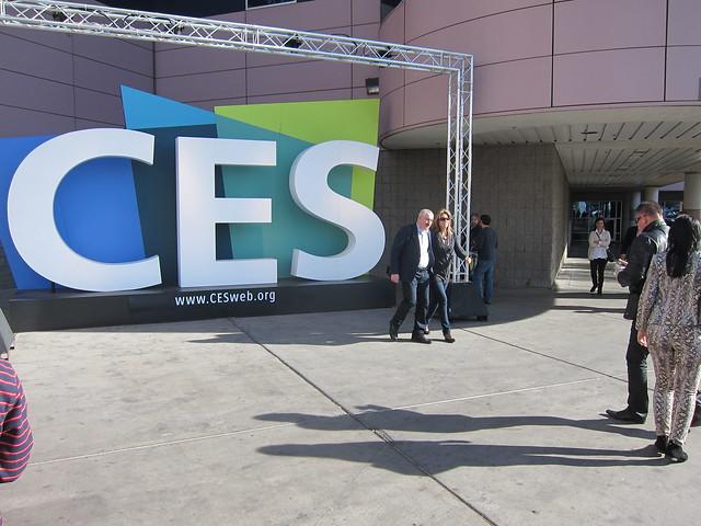 CES Jan 2012 Incipio 001