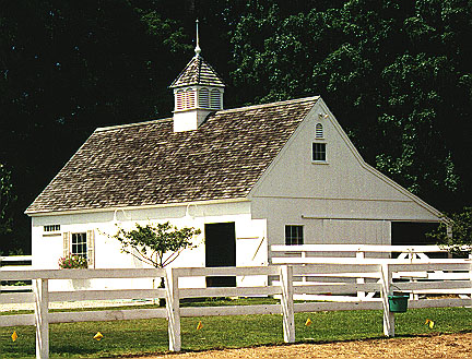 white barn countrycarpenters.com