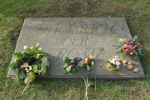 Grabplatte auf der Gruft Friedrichs II.