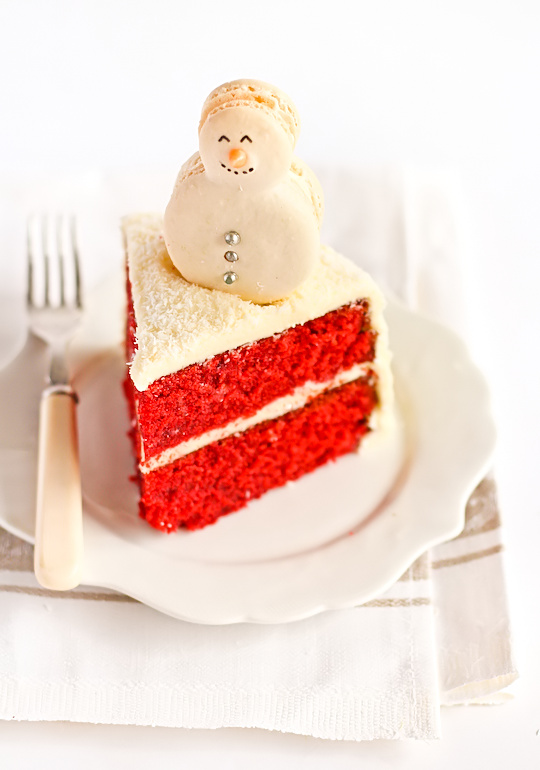 red_velvet_snow_cake