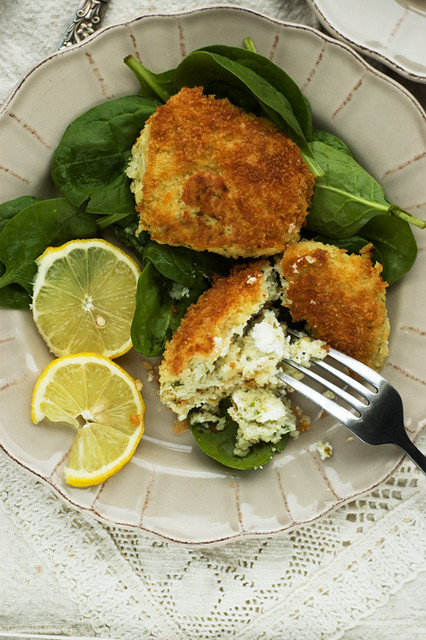 fish cakes with goat's cheese