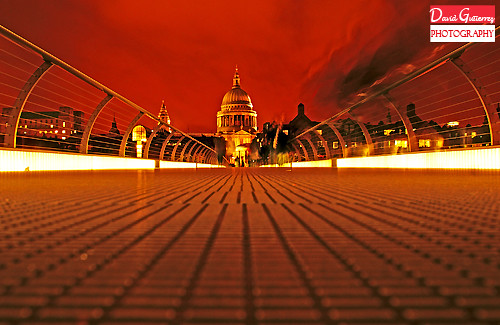 London St. Paul's Low View by david gutierrez [ www.davidgutierrez.co.uk ]