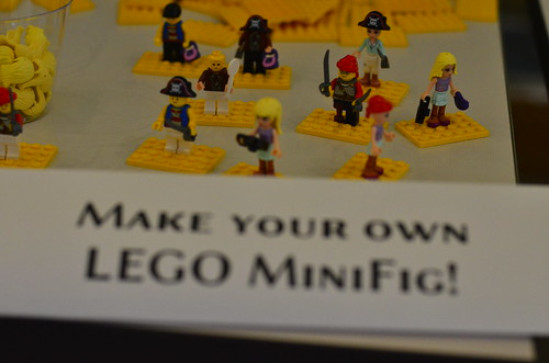 Make your own LEGO minifig