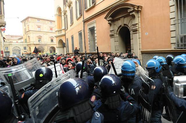Sciopero generale di tutte le forze di polizia