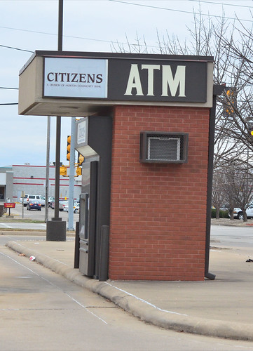 Get a Bank Card with a Very Large Fee-Free ATM Network (47/365)