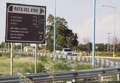 San Juan: Ruta del Vino: un nuevo reclamo por la cartelería