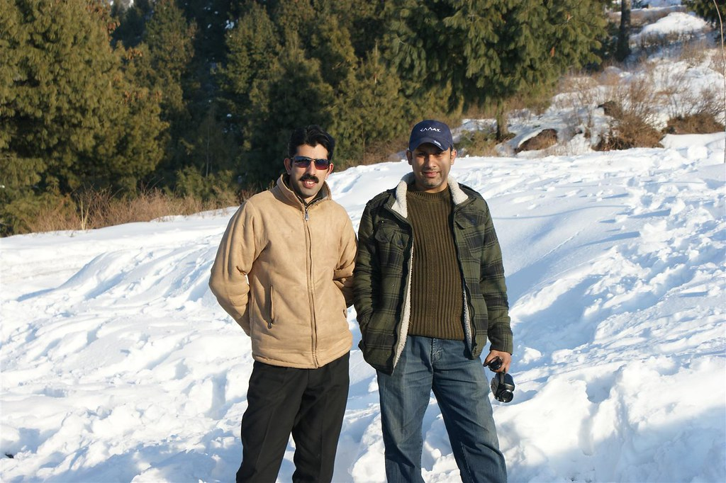 Muzaffarabad Jeep Club Snow Cross 2012 - 6796507627 7930032a6e b
