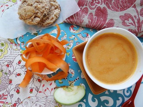 carrot cashew apple bisque (raw)