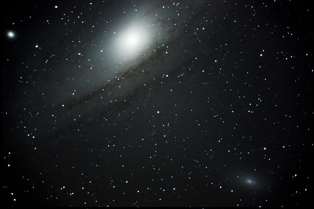 M31 8min 8frames ISO3200 1ISO800 coldhot pixels removed-1-2