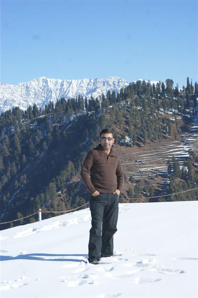 Muzaffarabad Jeep Club Snow Cross 2012 - 6816329141 34dd1f9eb7 b