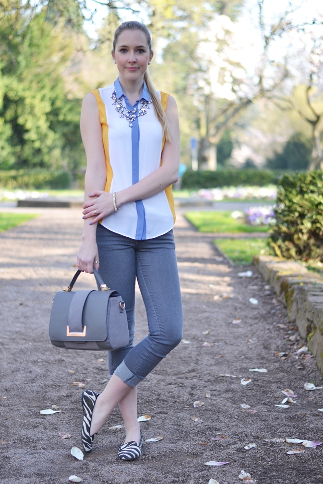 Outfit yellow and grey (2)