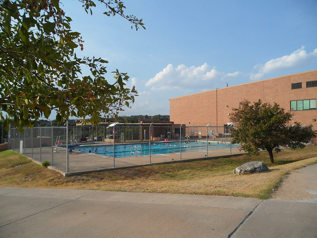 The Canyon Vista Middle School Cvms Pool I Actually Wen Flickr Photo Sharing