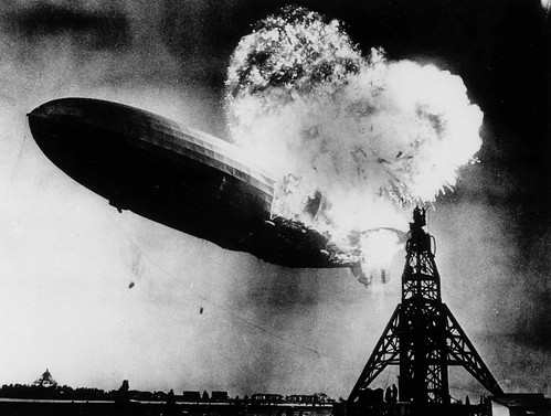 Incendio del dirigible Hindenburg (Lakehurst, 1937)