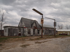 Abandoned Former Gas Station along MO-15 near Mexico, Missouri_PB192357