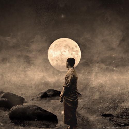 Dharma Moon