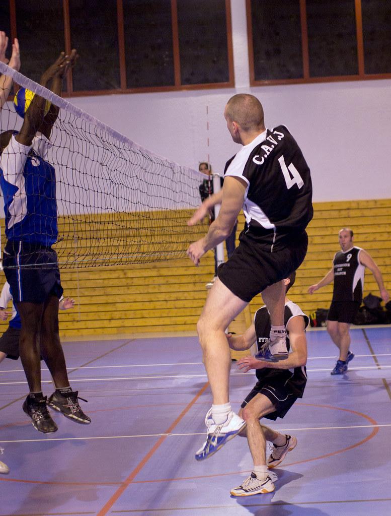1er essai sport intérieur (Volley ball) 6459317155_26a5485afc_b