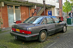Buick Regal Custom, 1995, Amsterdam, Douwes Dekkerstraat, 10-2010
